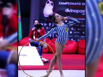 Polémica en la gimnasia rítmica: el equipo gallego se viste como los judíos de los campos de concentración