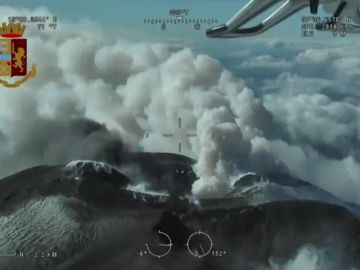 Las impresionantes imágenes de la erupción del Etna