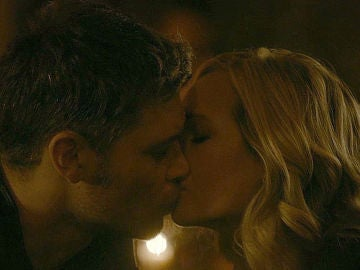 Klaus y Caroline en 'The Originals'
