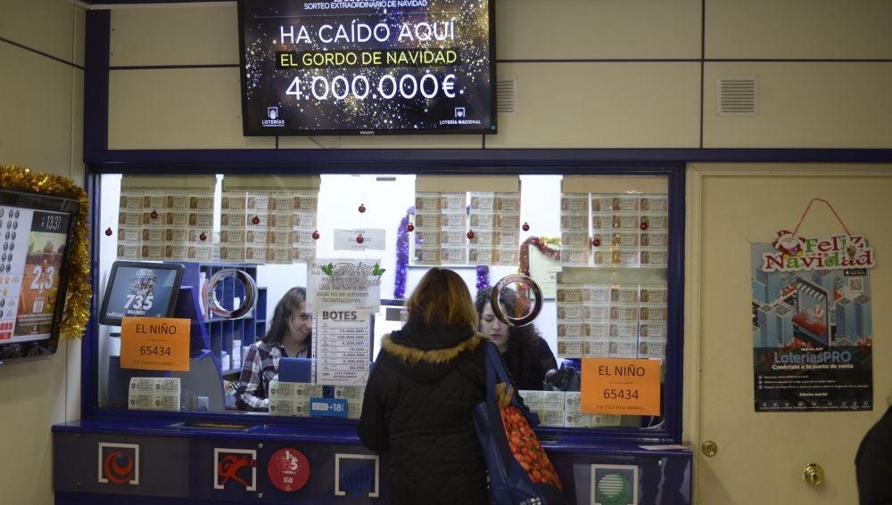 Imagen de archivo de una administración de lotería que vendió el Gordo