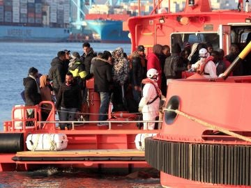 Rescate de inmigrantes en el mar de Alborán