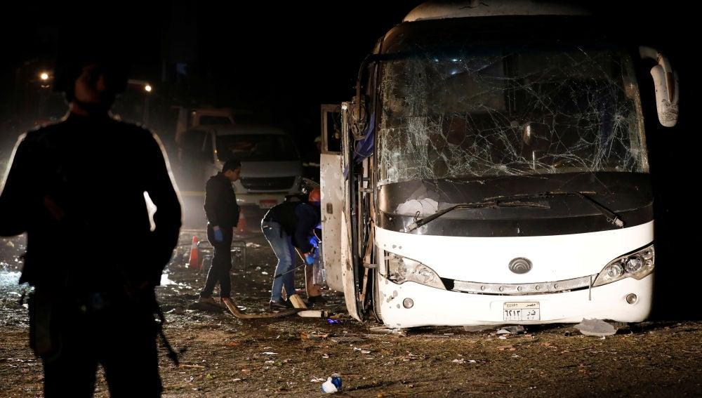 El autobús tras la explosión