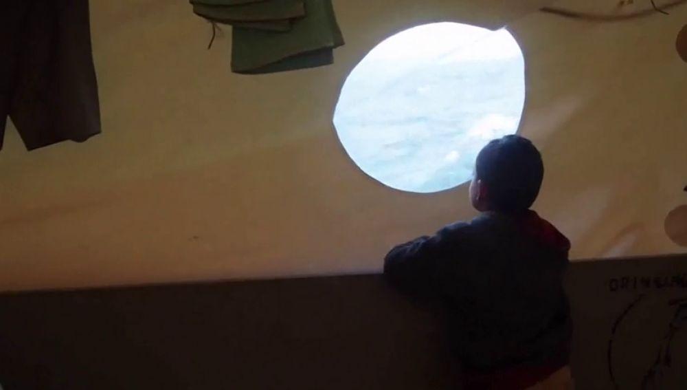 La ONG Sea-Watch pide un puerto seguro para desembarcar a los 32 inmigrantes rescatados