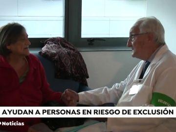 Aumenta el número de jubilados que ayudan y hacen compañía a personas en riesgo de exclusión social