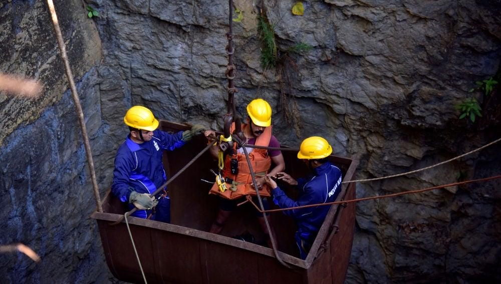 Rescate de mineros en la India
