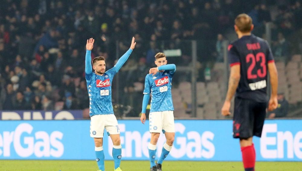 Mertens celebra un gol con el Nápoles