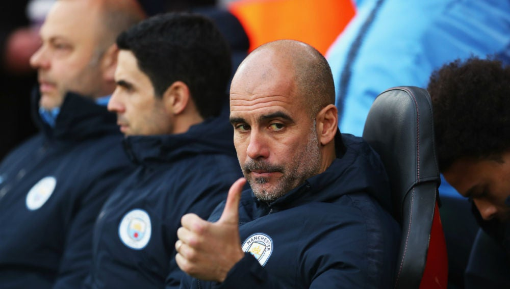 Guardiola, en el banquillo del City