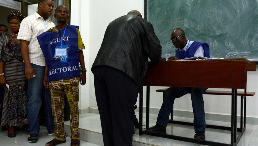 Los colegios electorales abrieron hoy en la República Democrática del Congo
