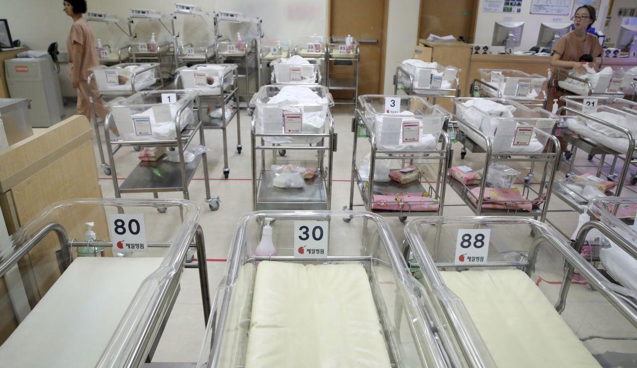 Imagen de archivo de una unidad de neonatos.