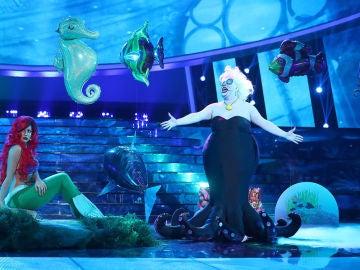 Mimi y Brays Efe recrean un maravilloso mundo bajo el mar como Ariel y Úrsula en 'La Sirenita'