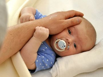 Imagen de archivo de un recién nacido