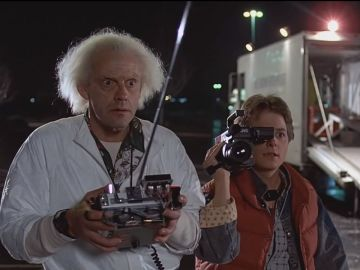 Christopher Lloyd y Michael J. Fox en 'Regreso al Futuro'
