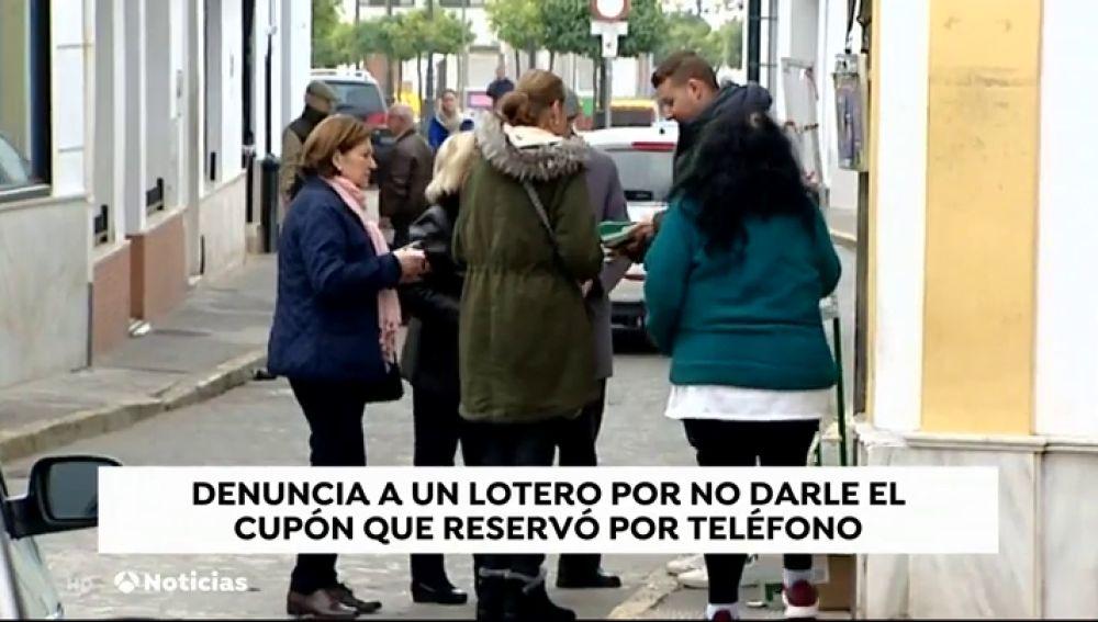 Denuncian a un lotero de Moguer por quedarse supuestamente con un cupón premiado