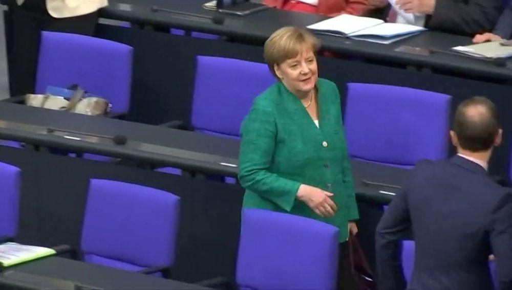 Merkel, entre los afectados por el peor hackeo de la historia en Alemania