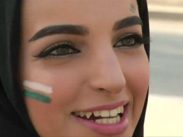 Las mujeres sauditas se enterarán de su divorcio por SMS