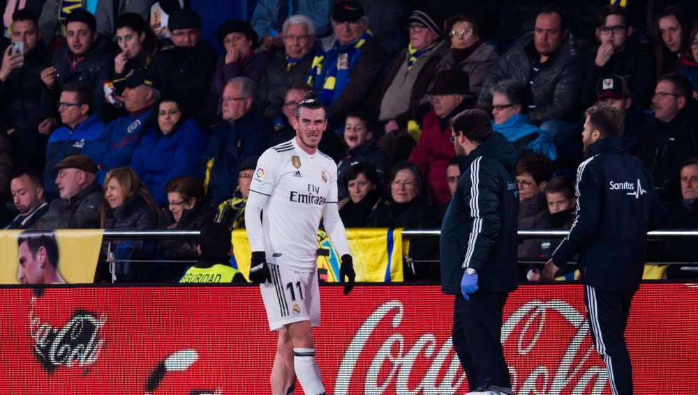 Gareth Bale se retira lesionado