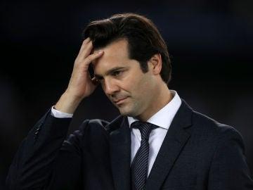 Solari lamenta una acción en un partido del Real Madrid