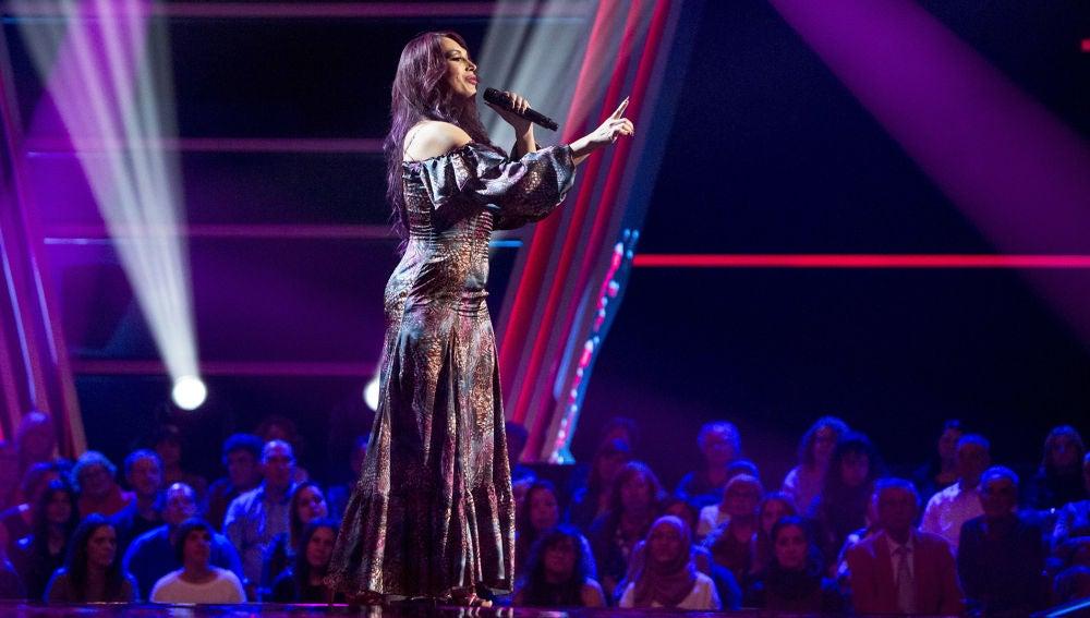 VÍDEO: Rocío Rivera canta 'Hoy quiero confesar' en las 'Audiciones a ciegas' de 'La Voz'
