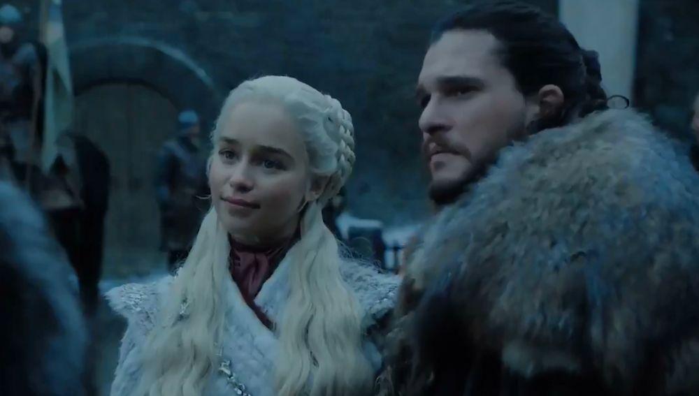 Daenerys y Jon Snow en la última temporada de 'Juego de Tronos'