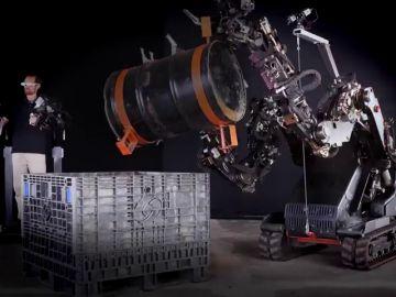 Un exoesqueleto que multiplica por 20 la fuerza humana