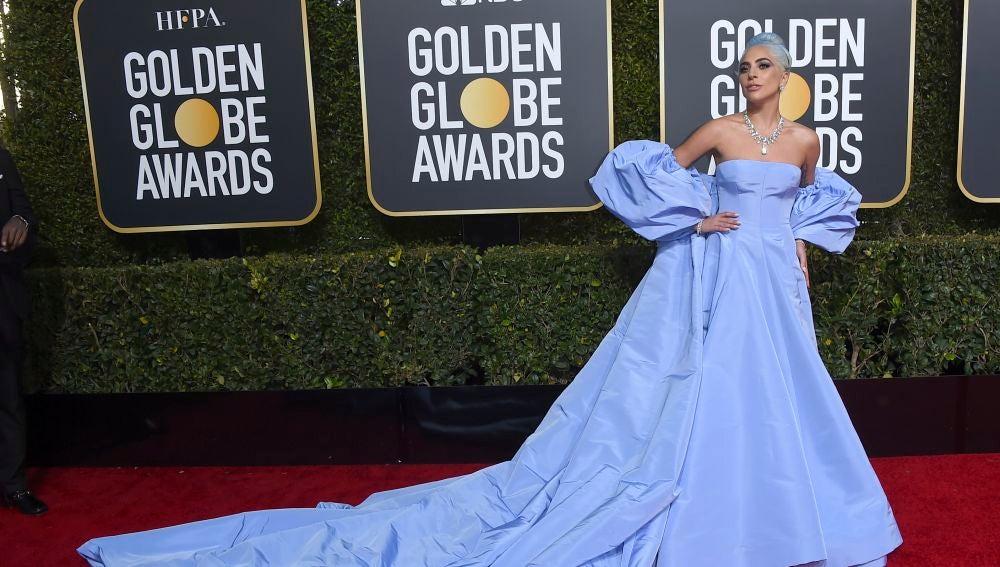 Lady Gaga de Valentino
