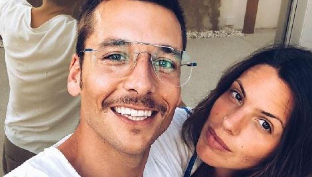 Benji Aparicio y Laura Matamoros