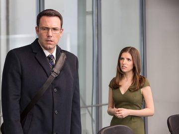 Ben Affleck y Anna Kendrick en 'El contable'