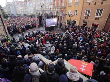 Funeral del alcalde polaco asesinado