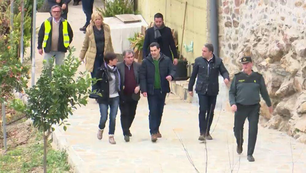 Juanma Moreno visita Totalán