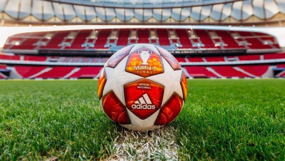 El balón de la final del Metropolitano