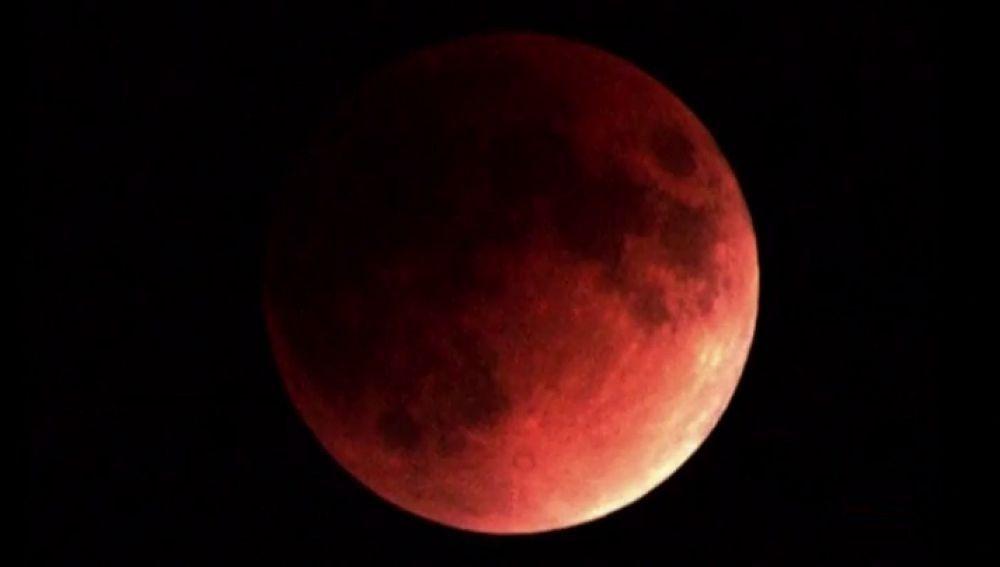 Superluna de Sangre (Archivo)