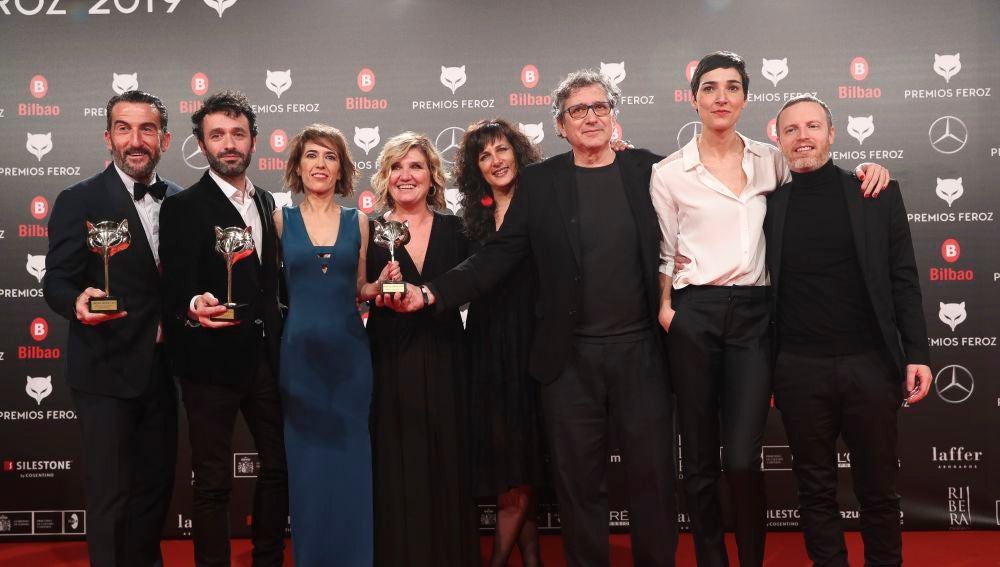 Equipo de 'El Reino' en los Premios Feroz 2019