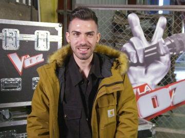 """VÍDEO - LA VOZ: Aitor Martín, nervioso ante su actuación en 'La Voz': """"Estoy temblando todo el rato"""""""