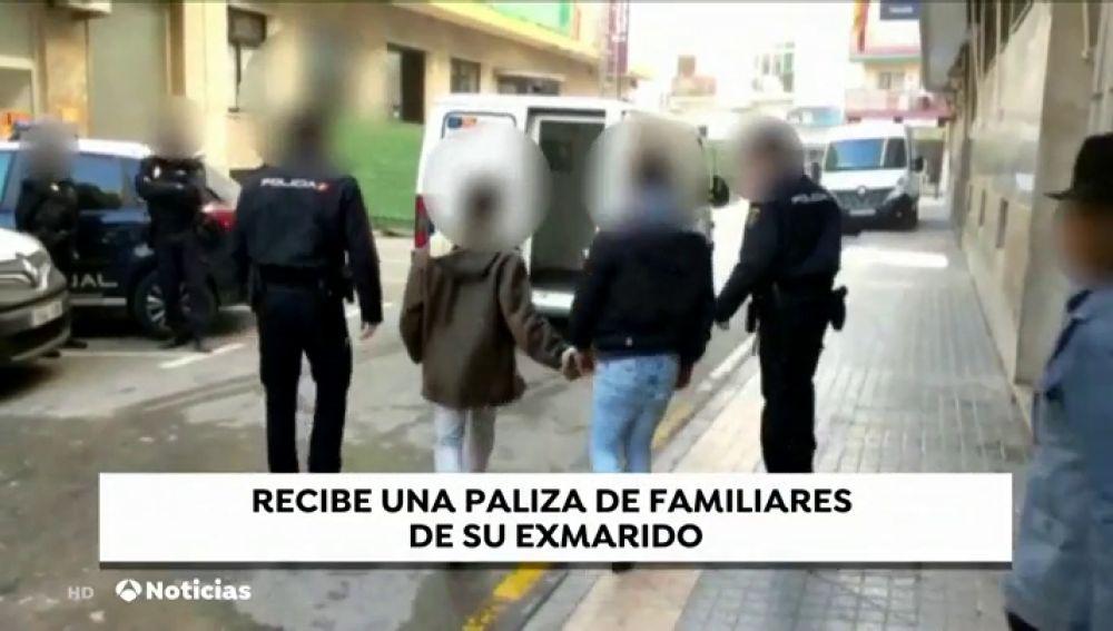 Detienen a cinco miembros de una familia por agredir e intimidar a la ex mujer de un pariente suyo