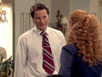 Gabriel le pide a Natalia una segunda oportunidad