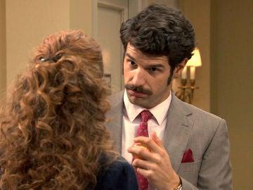 """Carlos a Natalia: """"¿No vas a reconocer que te encantó lo que pasó anoche entre nosotros?"""""""