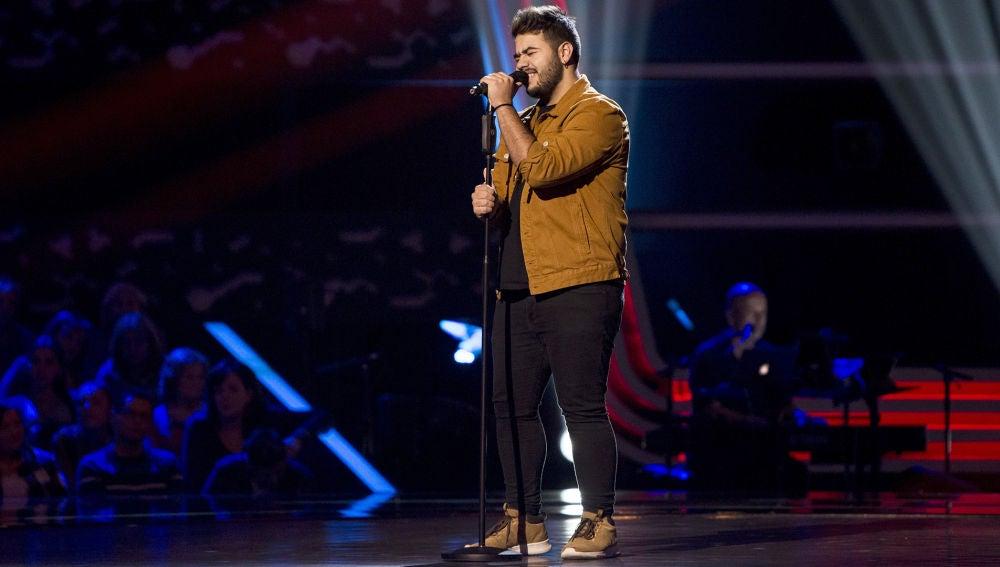Agustín Sánchez canta 'La quiero a morir' en las 'Audiciones a ciegas' de 'La Voz'