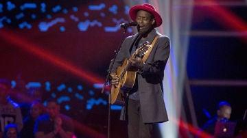 VÍDEO: Mel canta 'Iron sky' en las 'Audiciones a ciegas' de 'La Voz'