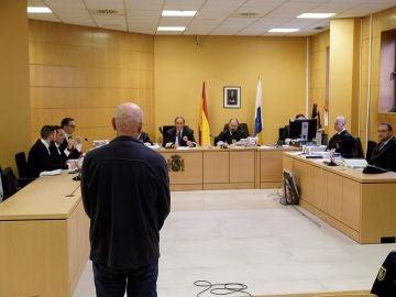 Miguel Angel Millán, en la Audiencia Provincial de Santa Cruz de Tenerife