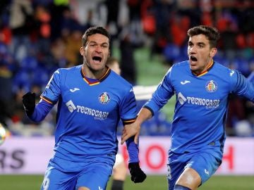 Jorge Molina celebra su gol ante el Valencia