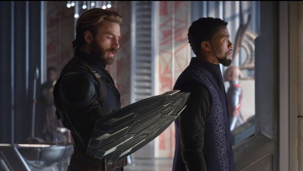 Capitán América y Black Panther en 'Vengadores: Infinity War'