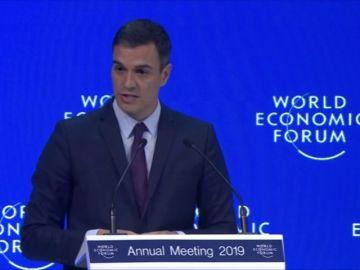 Pedro Sánchez defiende en Davos las políticas de izquierda