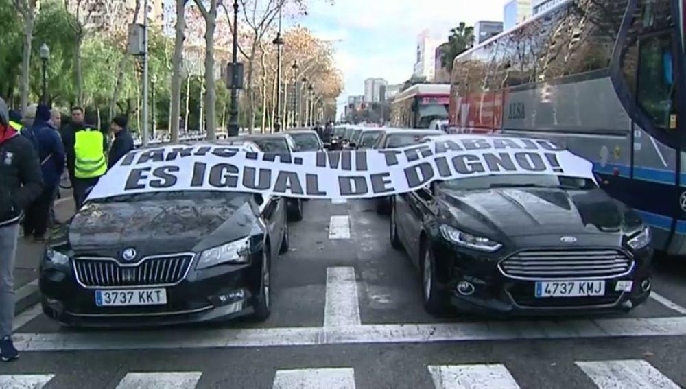 La regulación de la Generalitat llevaría a los VTC a reclamar una indemnización de 1.000 millones