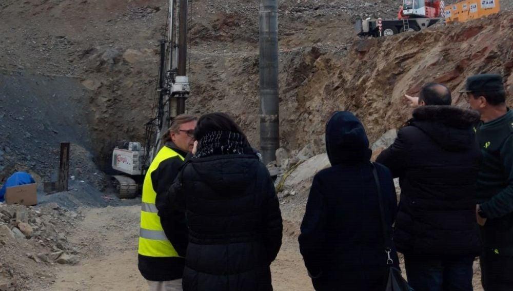 Labores de rescate en el pozo de Totalán (Málaga) para sacar a Julen.