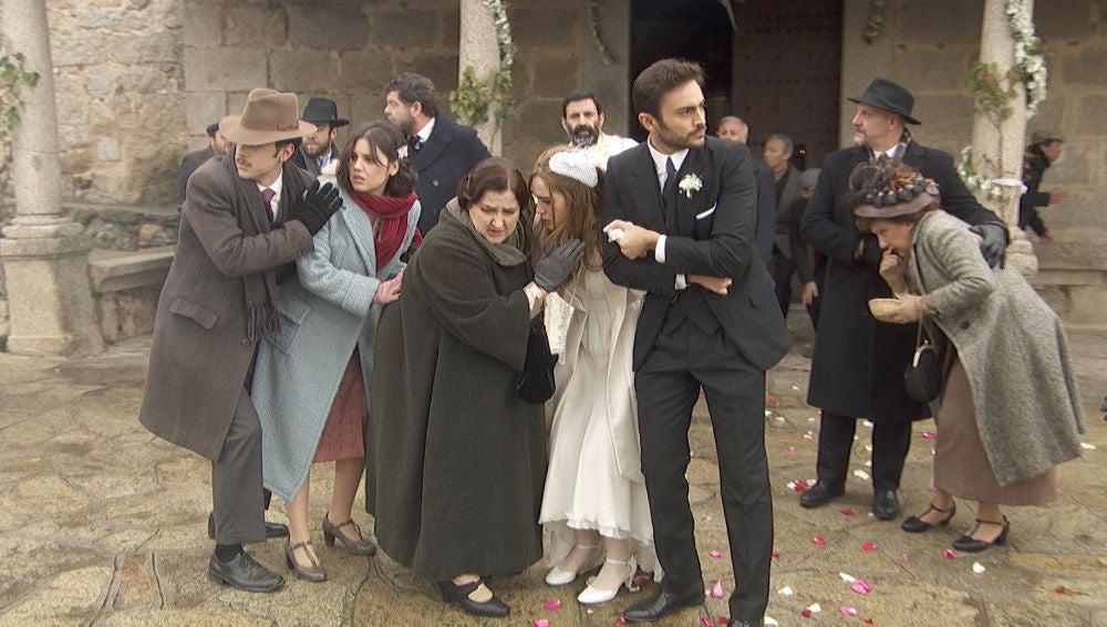 El susto de muerte que casi arruina la boda de Saúl y Julieta
