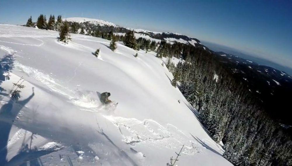 Mario Grinschgl atrapado por una avalancha