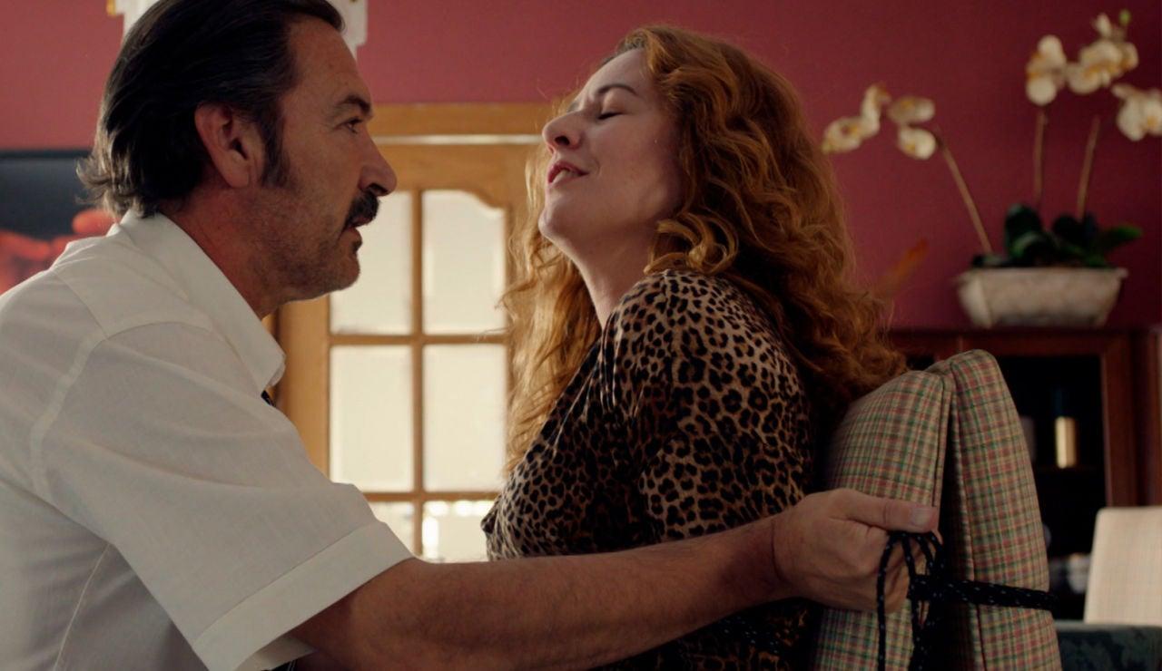 SUPER - Almudena seduce a Pascual