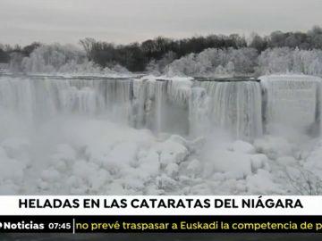 Las imágenes de las cataratas del Niágara congeladas