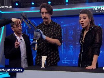 Las burbujas sónicas conquistan el oído de Ana Guerra en 'El Hormiguero 3.0'