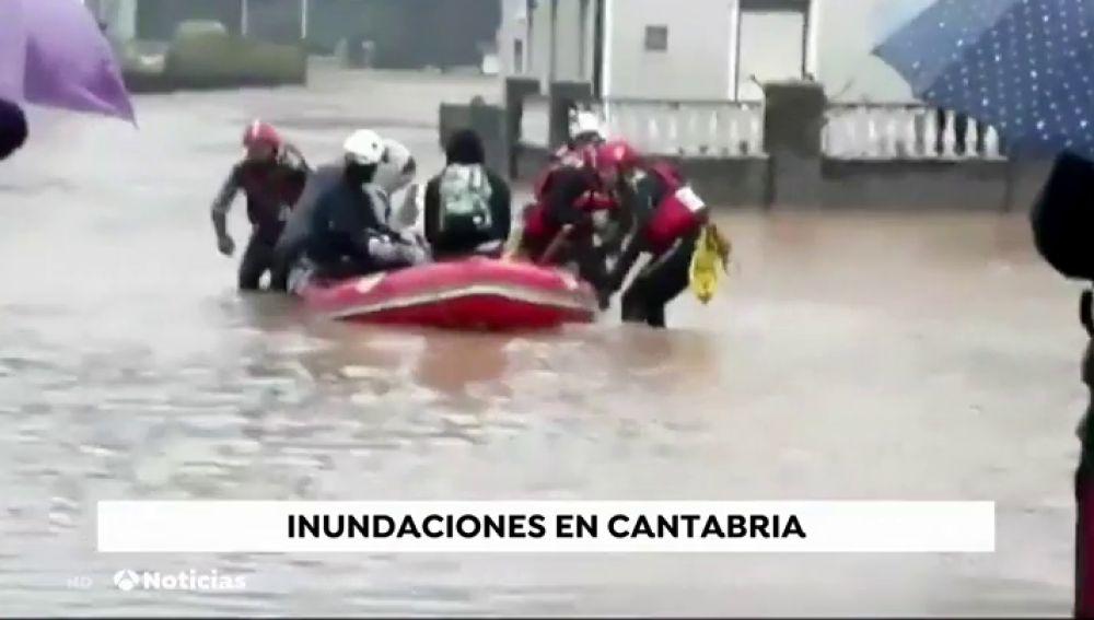 Ordenan el desalojo inmediato por inundaciones de Santa Olalla, en Cantabria